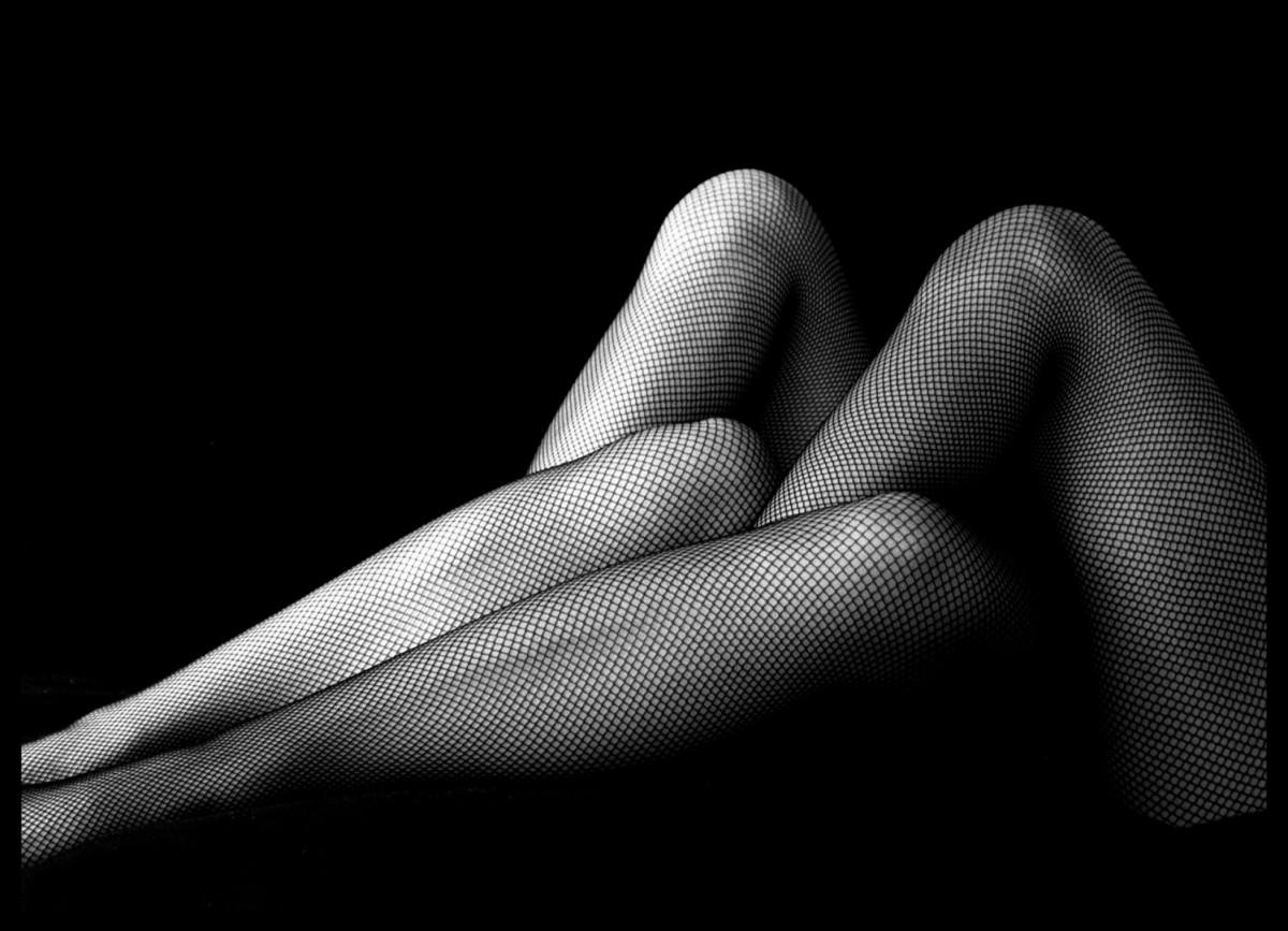 Fishnet stockings' plays