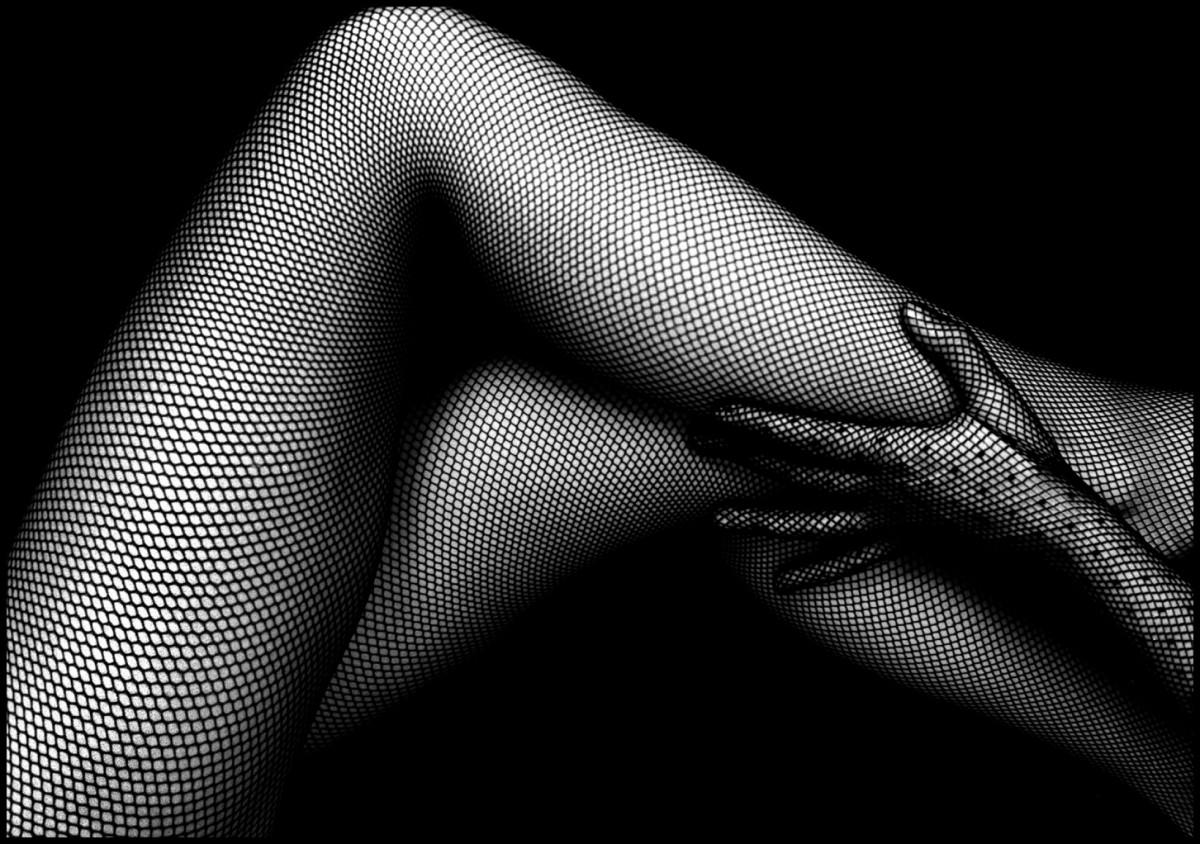 Fishnet stockings' plays