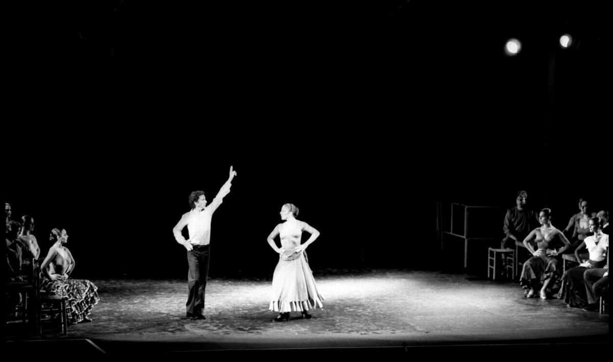 Gades Carmen Play