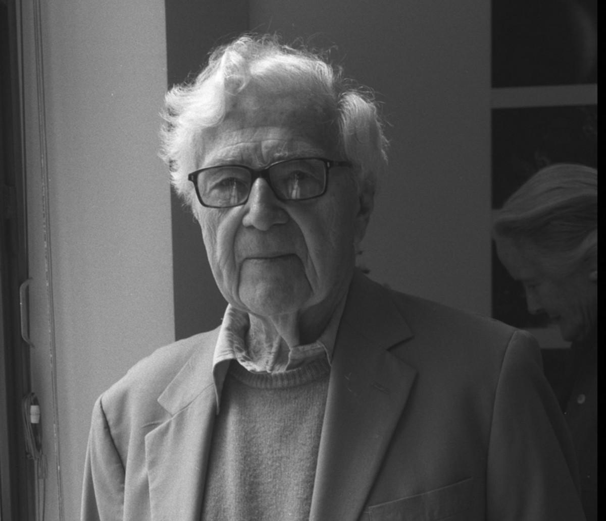 Morris John Godfrey, journalist
